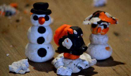 Játék karácsonyig: a hóember és a pingvin