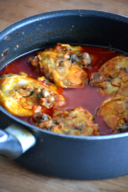 Hagyományos paprikás csirke (Fotó: Myreille)