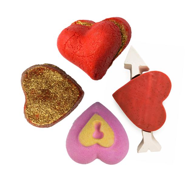 Heart Throb bubbleroon habfürdő,  Cupid's Love szappan, Love Locket fürdőbomba, Lonely Heart habfürdő/Lush