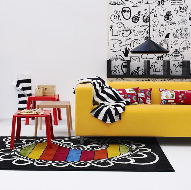 10. Persze, egyetlen sárga kanapé köré is meg lehet tervezni egy szobát, ami kortalan lesz, ugyanolyan klassz egy gyerek, egy felnőtt vagy egy nagymama számára is. - Sárga kanapé az IKEA-tól.