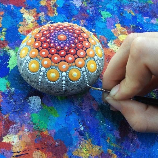 stone-art-mandala-elspeth-mclean06