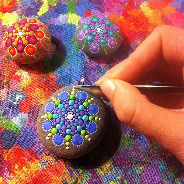 stone-art-mandala-elspeth-mclean10