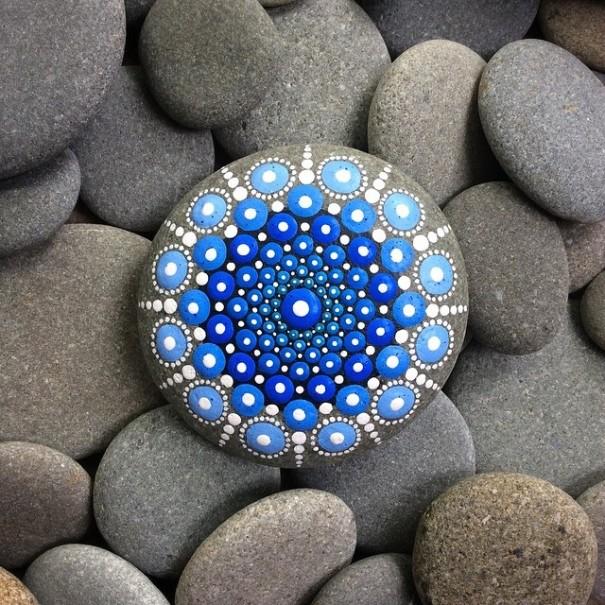 stone-art-mandala-elspeth-mclean11
