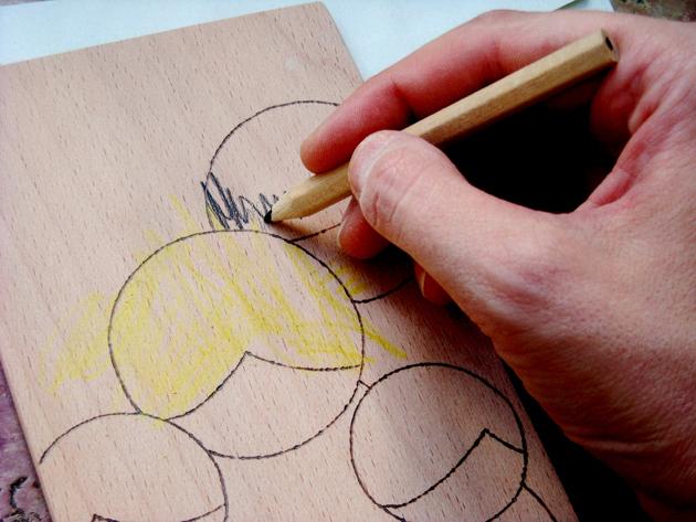 Színezhető, fa képeslap!/Fotó: NKDesign