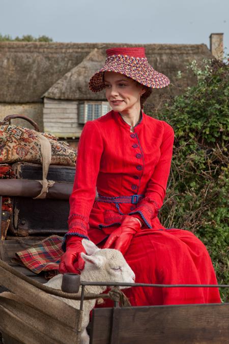 """Carey Mulligan """"Bathsheba"""" szerepében a Távol a világ zajától (FAR FROM THE MADDING CROWD) című filmben. Fotó: Alex Bailey - Twentieth Century Fox Film"""