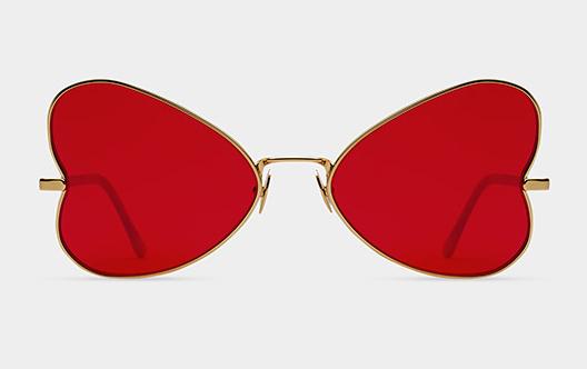 Ultracandy: A szerelem öl, butít és nyomorba dönt... ja nem, ez csak egy napszemüveg piros, szív alakú lencsékkel. Warhol megrajzolta a RETROSUPERFUTURE megcsinálta.