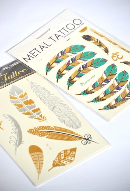 Fémesen csillogó tetoválások/Fotó: Myreille