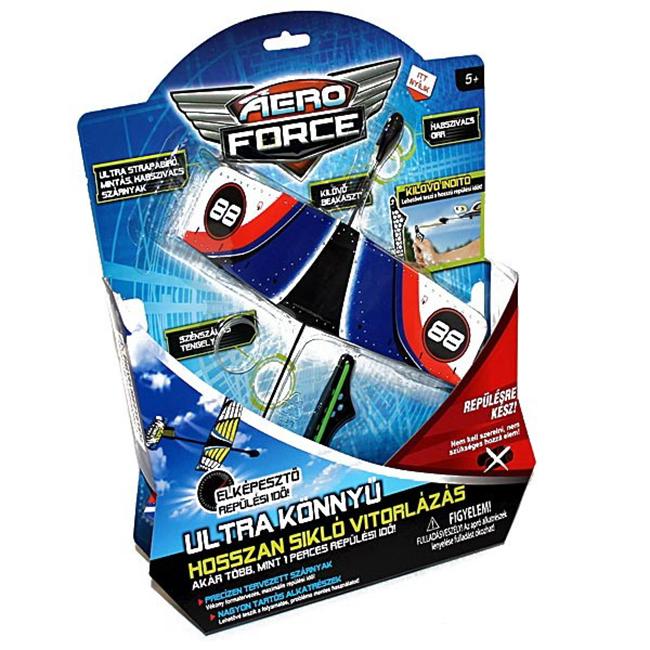 Én korábban nem is hallottam az Aero Force repcsikről, de ha láttam volna, akkor se hozott volna lázba. Zsombi az egyik barátjától kapott egy ilyen repcsit és elképesztő sikere volt a szülinapi bulin is és azóta is mindenki (értsd: gyerekek és felnőttek) szívesen játszik vele. Kilövöd és baromi jól repül. A repcsi jól bírja a strapát, a csúzli gumija nem annyira, de miután a gyerekem elhasználta az összes postásgumit, a hajgumimat kunyizta el és azzal is működik. - Több helyen kapható és most a Régióban láttam 2495 Ft-ért.