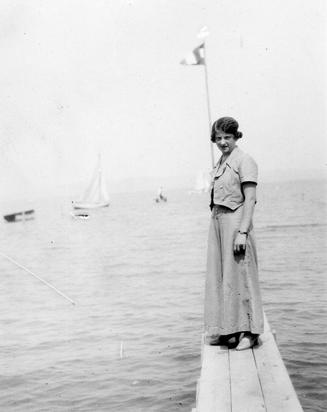 Ez a fazon hamarosan megint divatos lesz. A divat ugyanis ismétli önmagát. Dátum: 1935 Fotó: Fortepan - Simon Gyula