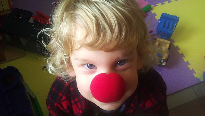 Dani bohócdoktor orral, szívműtét után (Fotó: Myreille)