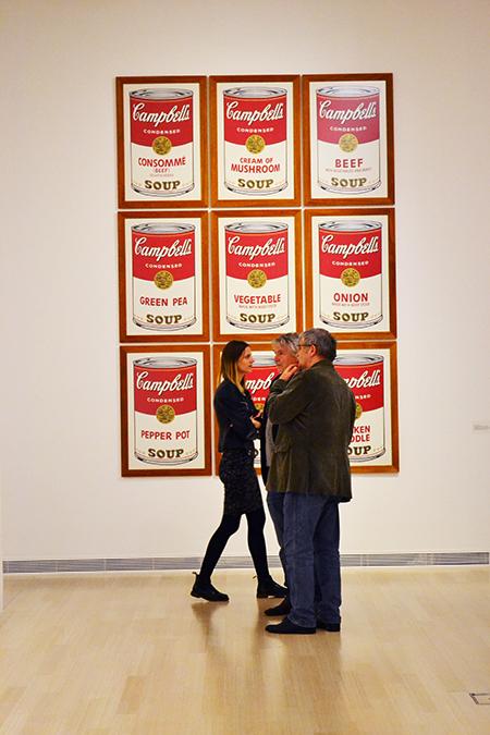 Kilend Andy Warhol híres leveskonzervei közül/Ludwig Múzeum, Budapest, 2015 - Fotó: Myreille