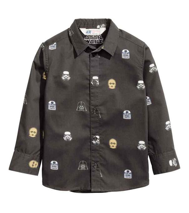 Legnagyobb sajnálatomra ez a fiú ing nem kapható női méretekbe, pedig én hordanám szívesen. (H&M)