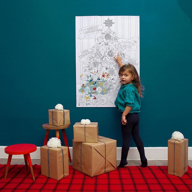 És a karácsonyi készülődésre, színezhető karácsonyfaposzter,