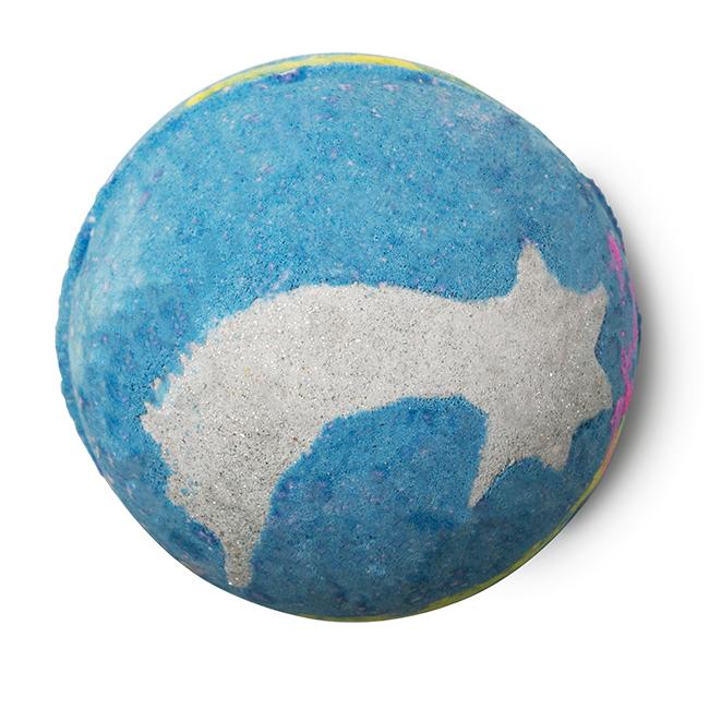 SHOOT FOR THE STARS: Mi történne, ha egy csillag hullana a kádba? Pörögne, forogna és éj kék takaróval fedné be a vizet. Próbáld ki!