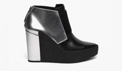 Rajzolt cipősarkakon tipeg a világ menőbbik fele?