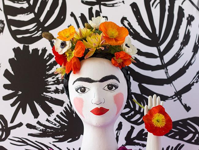 frida-kahlo-head-vase