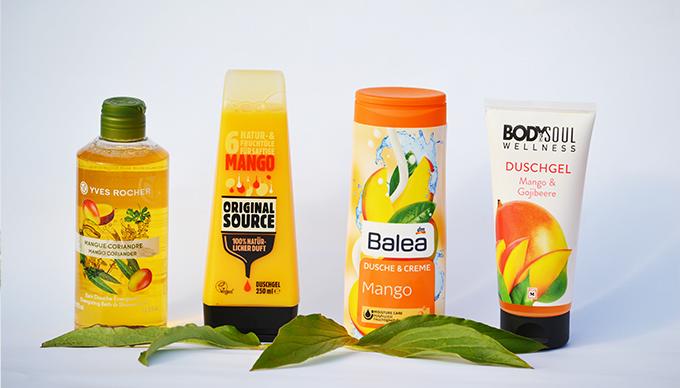 Négy mangós tusfürdő, amit teszteltünk. (Fotó: Myreille)
