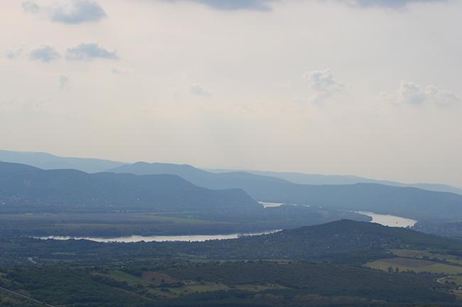 Dunakanyar a Naszály-Látó-hegyről (Fotó: Myreille)