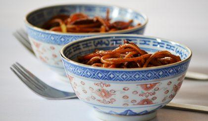 A férjem főz: Csirkés sült tészta (Chicken Chow Mein)