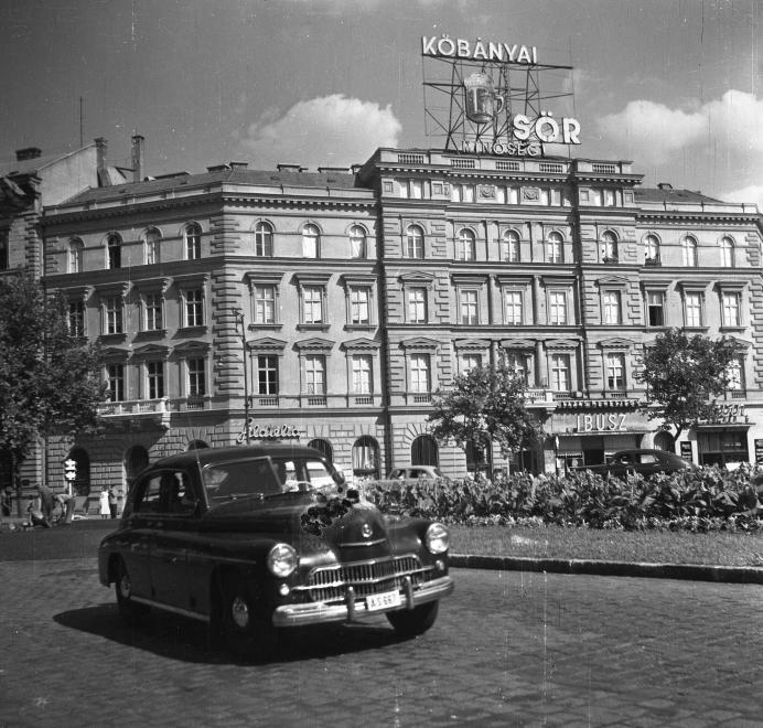 1958 - Kőbányai Sör (Fotó: Fortepan, Eperjesi Gyula)