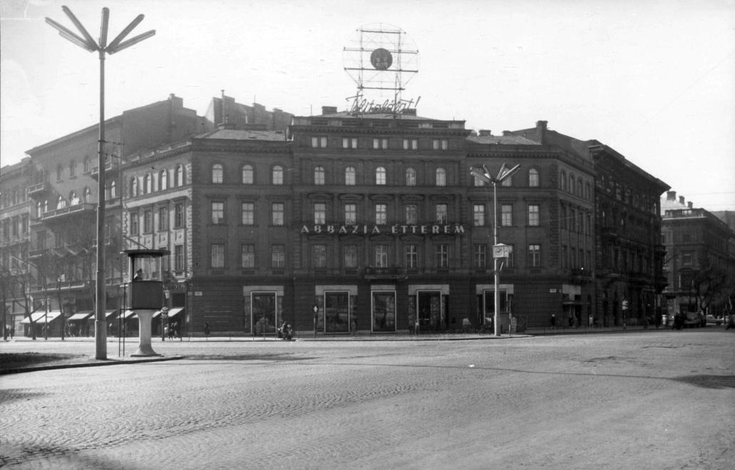 A híres Abbázia étterem 1960-ban az Oktogonon (Fotó: Fortepan, Budapest Főváros Levéltára)