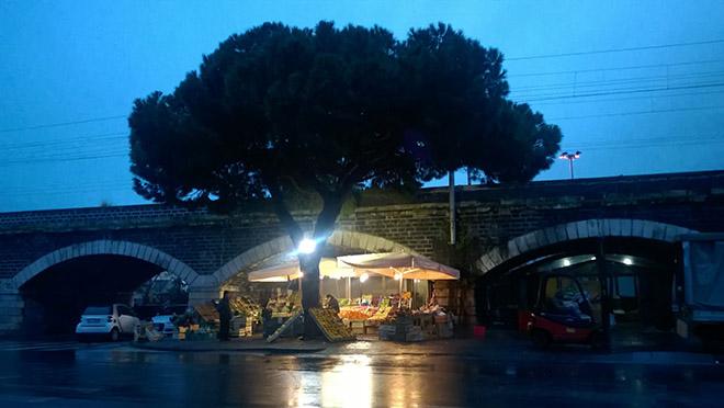 Csak egy zöldséges - Catania/Fotó: Myreille