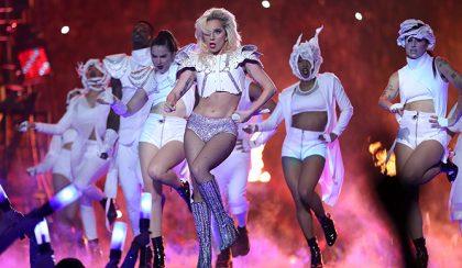"""Akkor beszéljünk Lady Gaga """"pocakjáról""""!"""