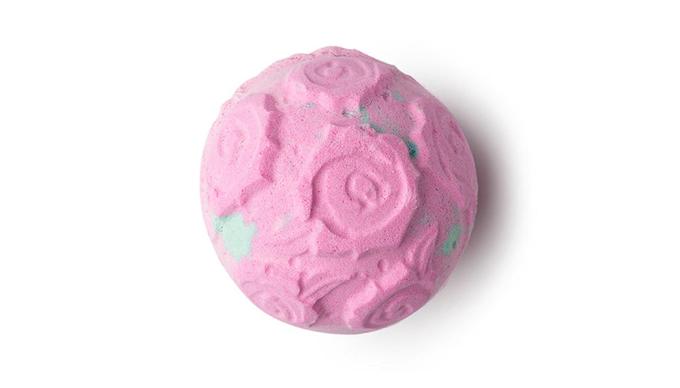 rosebombshell01