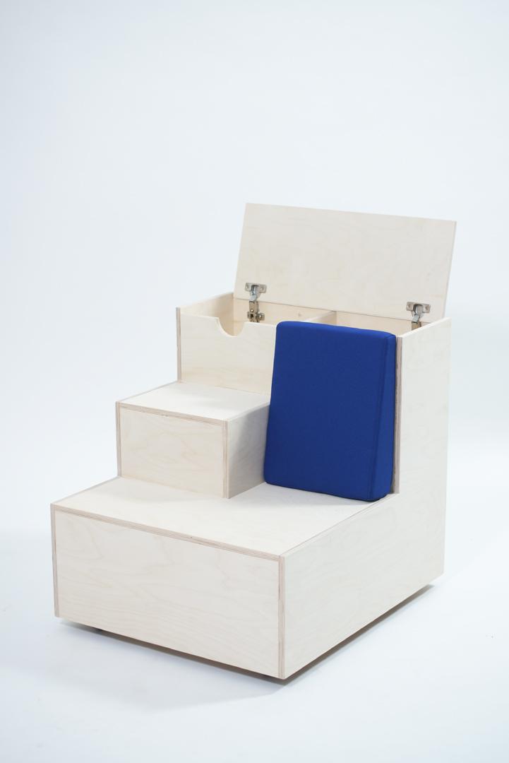 sT-_airs, tároló és ülőbútor/ tervező: Tibori Dorottya