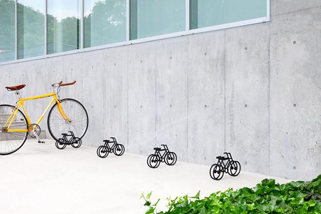 On-Bicycle-Stand-Yuma-Kano-1