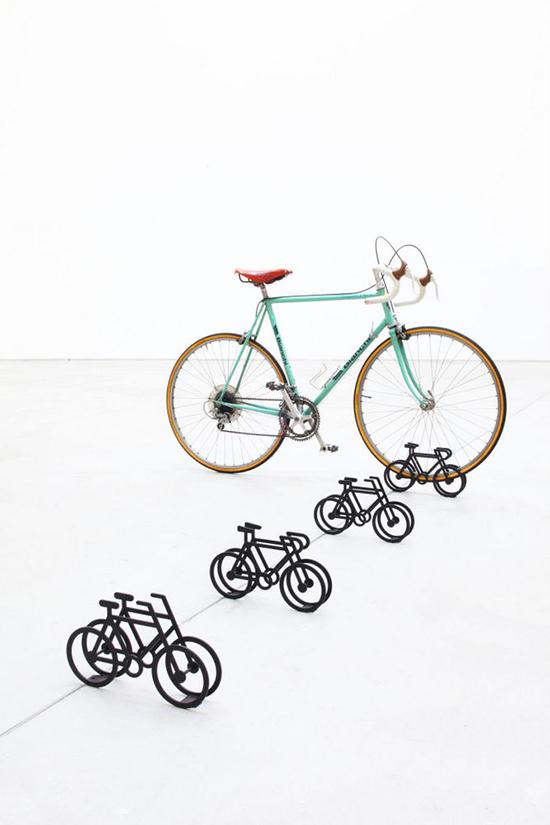 On-Bicycle-Stand-Yuma-Kano-2