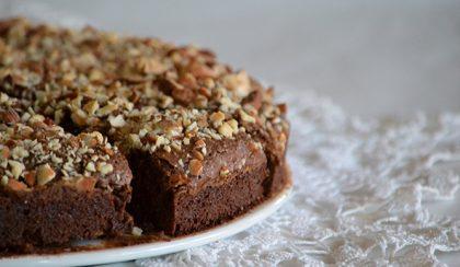 Férjem szülinapjára: mandulás brownie torta
