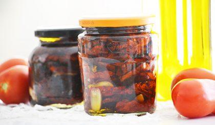 Üvegbe zárt nyár: szárított paradicsom extra szűz olíva olajban