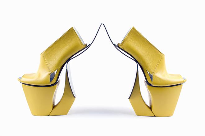 Carolin Holzhuber cipő
