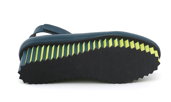 ISSEY MIYAKE x UNITED NUDE - THE WAVE