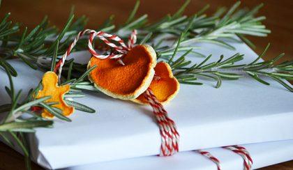 Recycling: Újrahasznosított narancshéjból lebomló karácsonyi dísz
