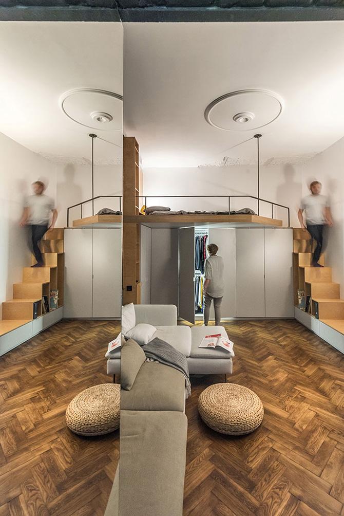 Jól bevált megoldás, hogy a lépcső szekrény és a galéria alá kerülnek a tárolásra alkalmas szekrények.