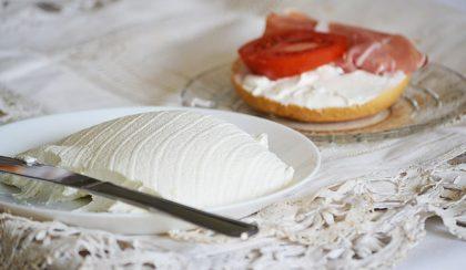 Labna: a világ legfinomabb friss sajtja görög joghurtból