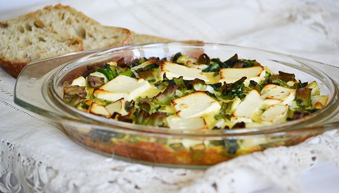 Spenótos-újhagymás-fetás omlett a sütőből
