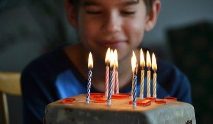 Anya lettem: Zsombi 10 éves és Minecraft cake a szülinapi torta