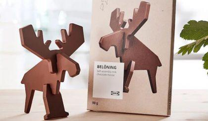Lapraszerelt, csoki rénszarvas az Ikeából