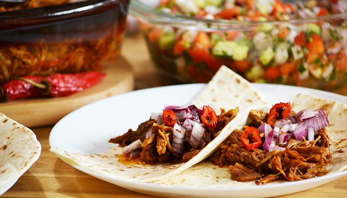Házi készítésű Cochinita Pibil taco és Achiote (Annatto) paszta/Fotó: Myreille