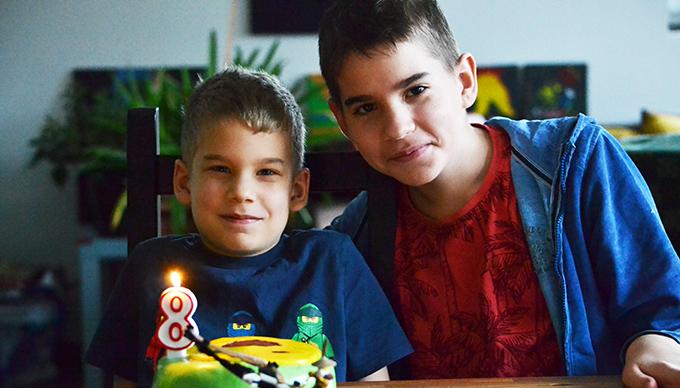 Dani 8, Zsombi 12 éves/Fotó: Myreille