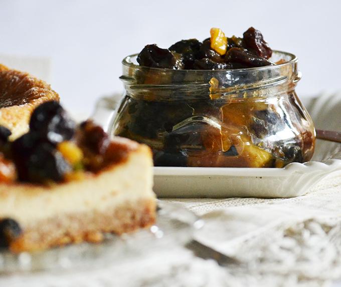 """Házi készítésű Mincemeat, azaz karácsonyi """"lekvár"""" asztalt gyümölcsökkel/Fotó: Myreille"""