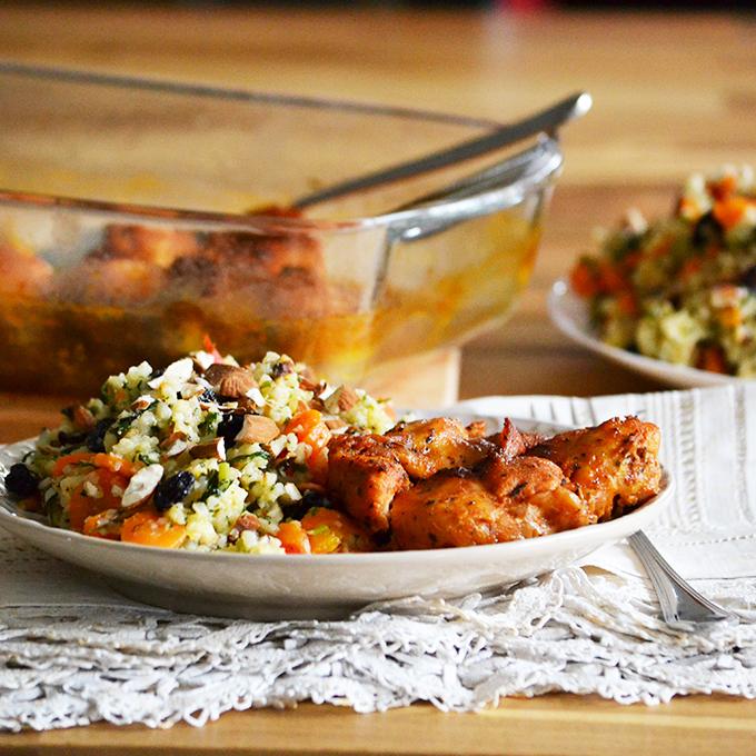 Harissás csirkecomb sárgarépa-gyömbér-koriander piláffal/Fotó: Myreille