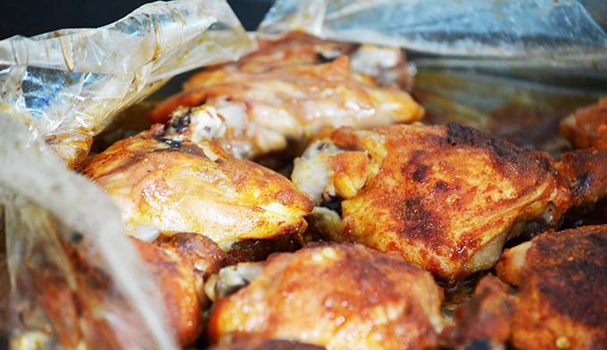 Harissa fűszerkeverékkel sült csirke felsőcomb/Fotó: Myreille