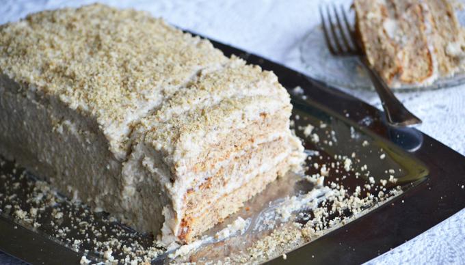 Walnut Cake - delicious and easy family recipe/Photo: Myreille