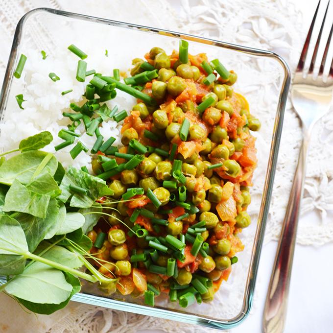 Zöldborsó curry, avagy fűszeres zöldborsópörkölt/Fotó: Myreille