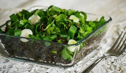 Beluga lencse saláta újhagymával és korianderrel