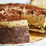 Csokoládé-kávé-marcipán torta mandulás piskótával